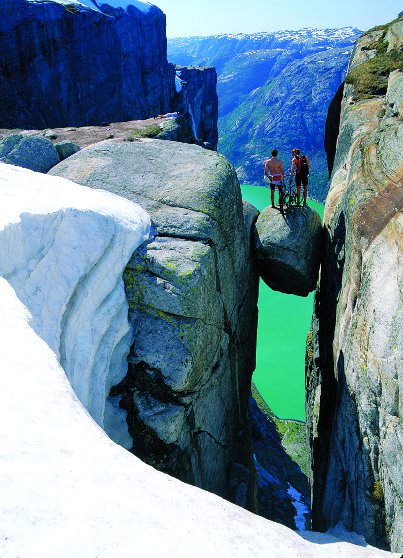 Kjerag Photo: Per Eide